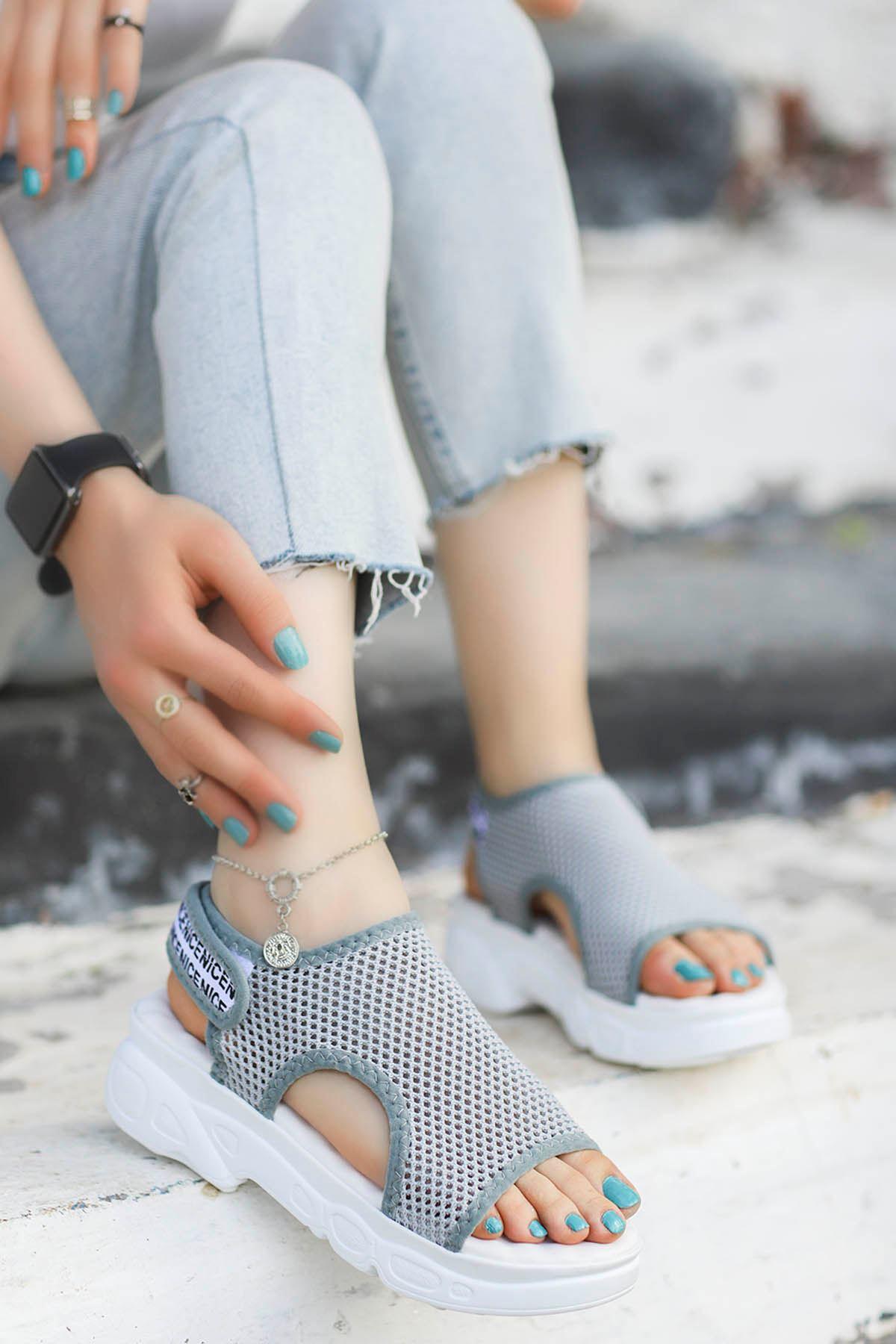 Dubai Cırtlı Triko Sandalet Gri