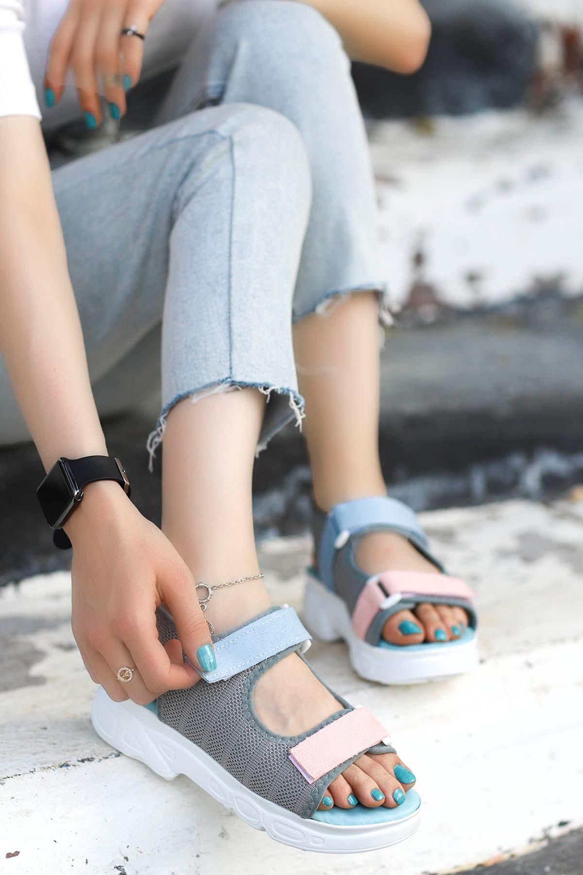 İniesta Çift Bantlı Sandalet Gri