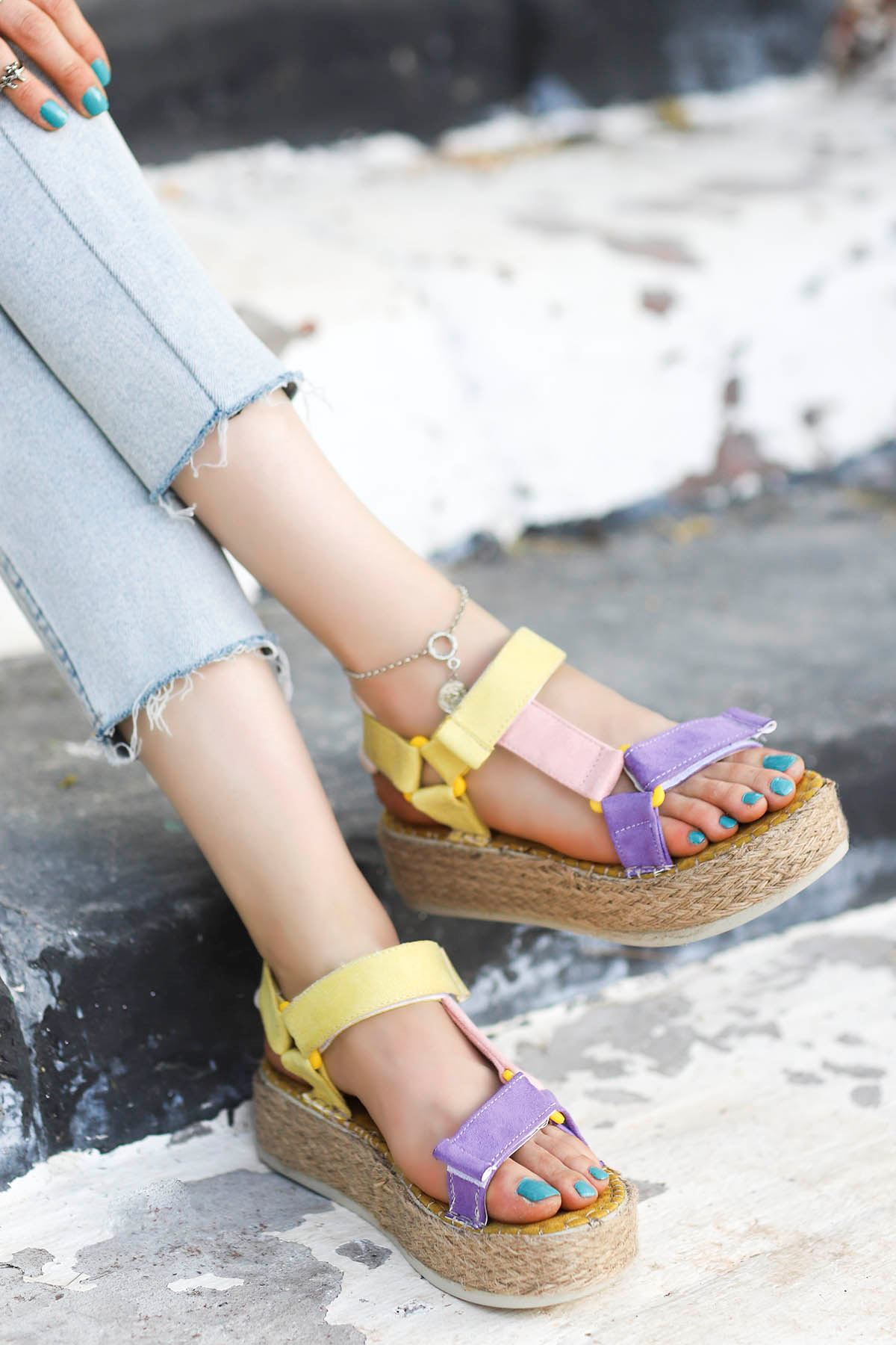 Massara Hasır Taban Sandalet Sarı Pudra Mor