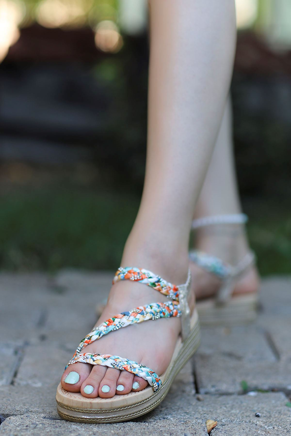 Guja Örgülü Taş Detay Sandalet Gold 20Y170