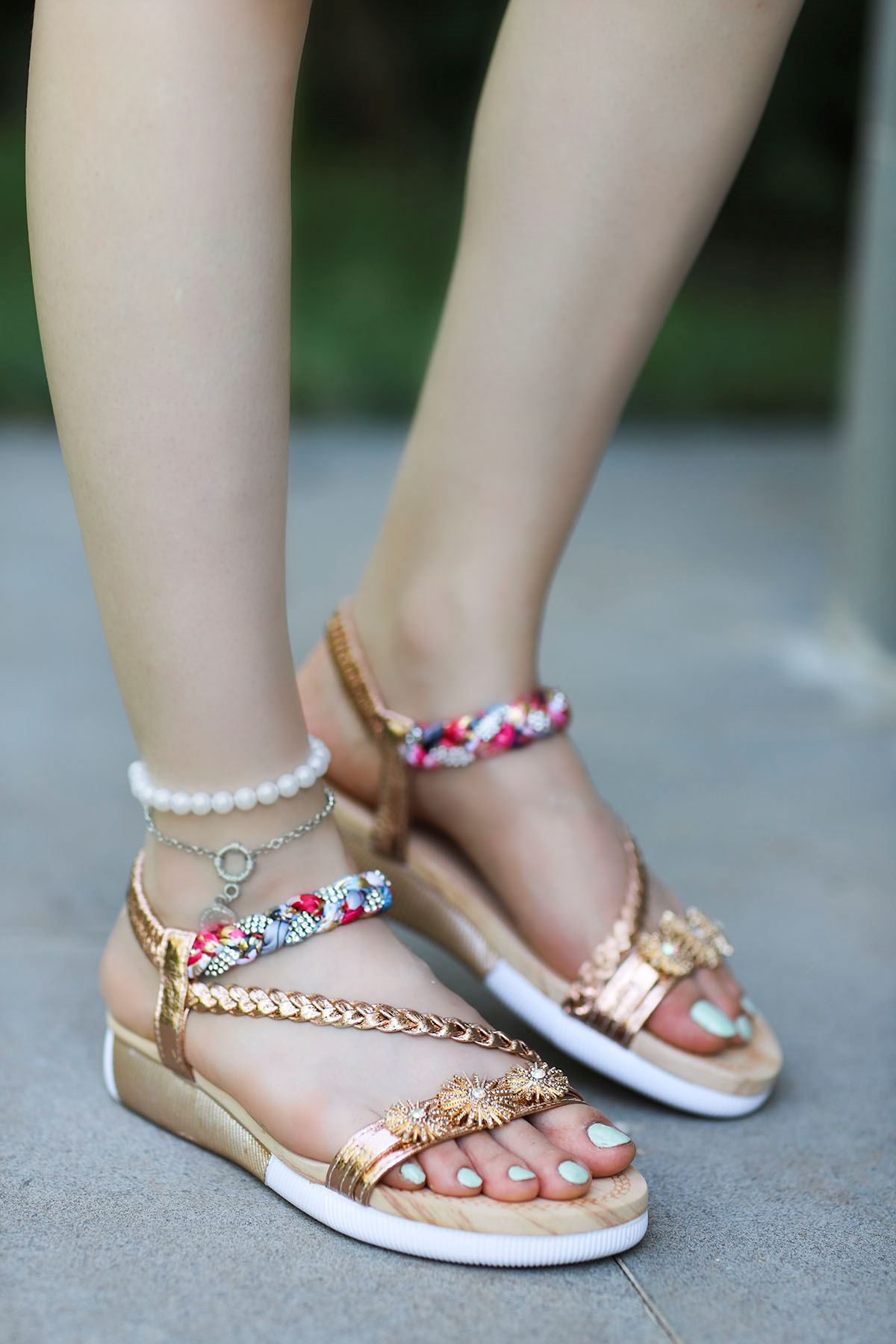 Guja Çiçek Örgü Detay Sandalet Gold 20Y232-8