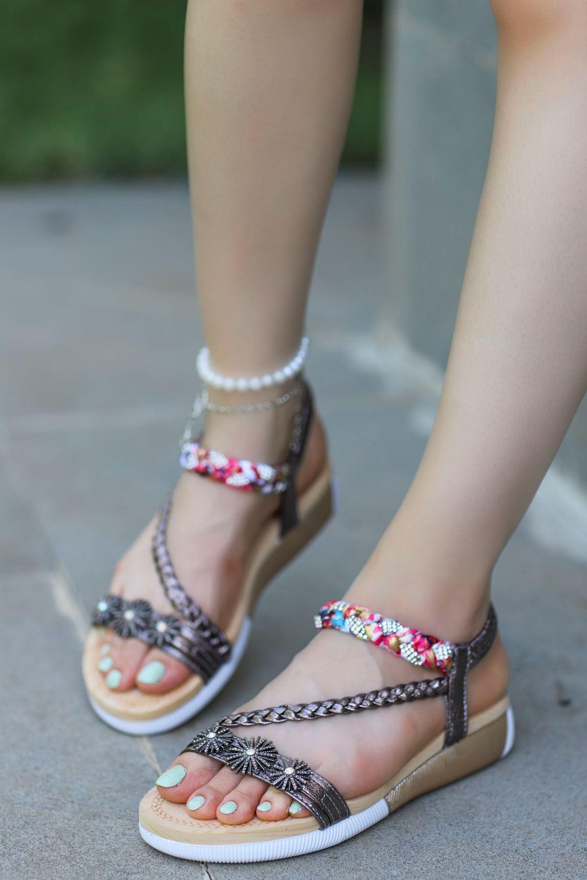 Guja Çiçek Örgü Detay Sandalet Platin 20Y232-8
