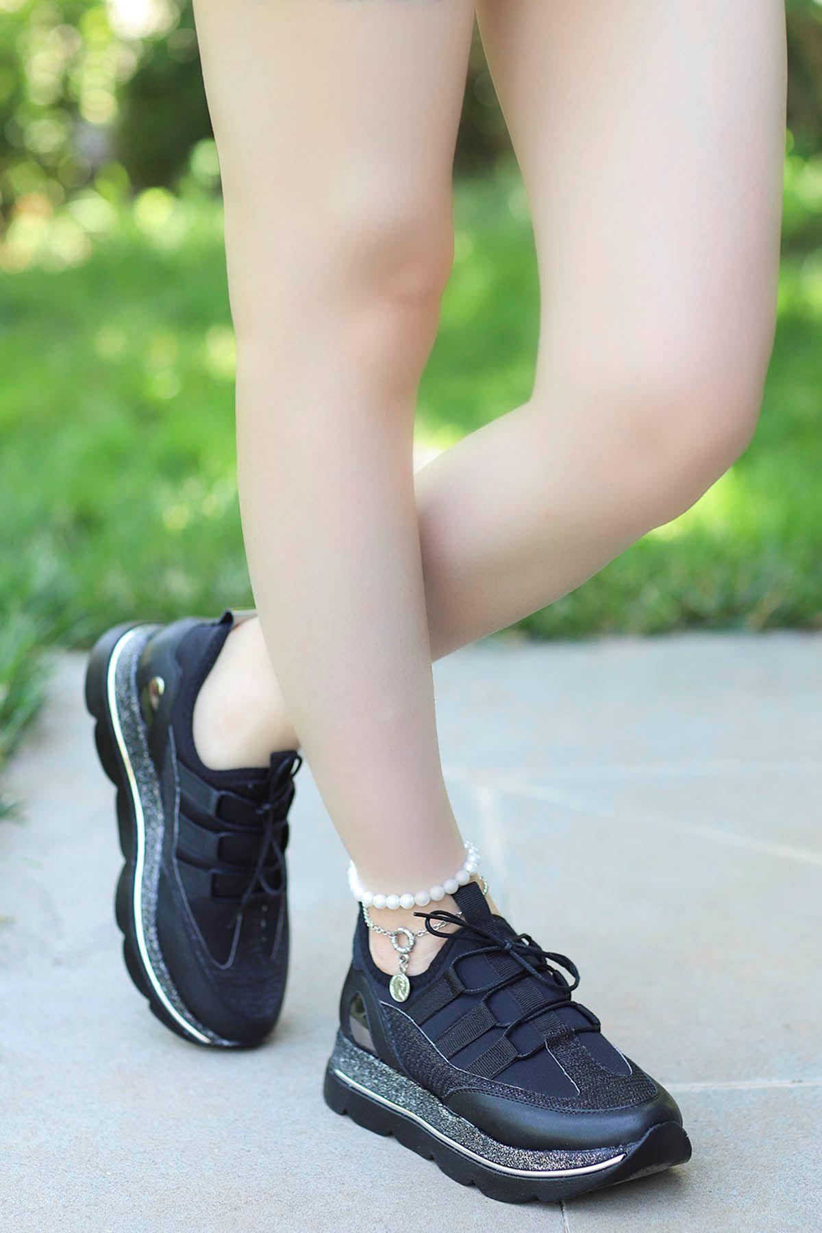 David Streç Bağcık Detay Spor Ayakkabı Siyah