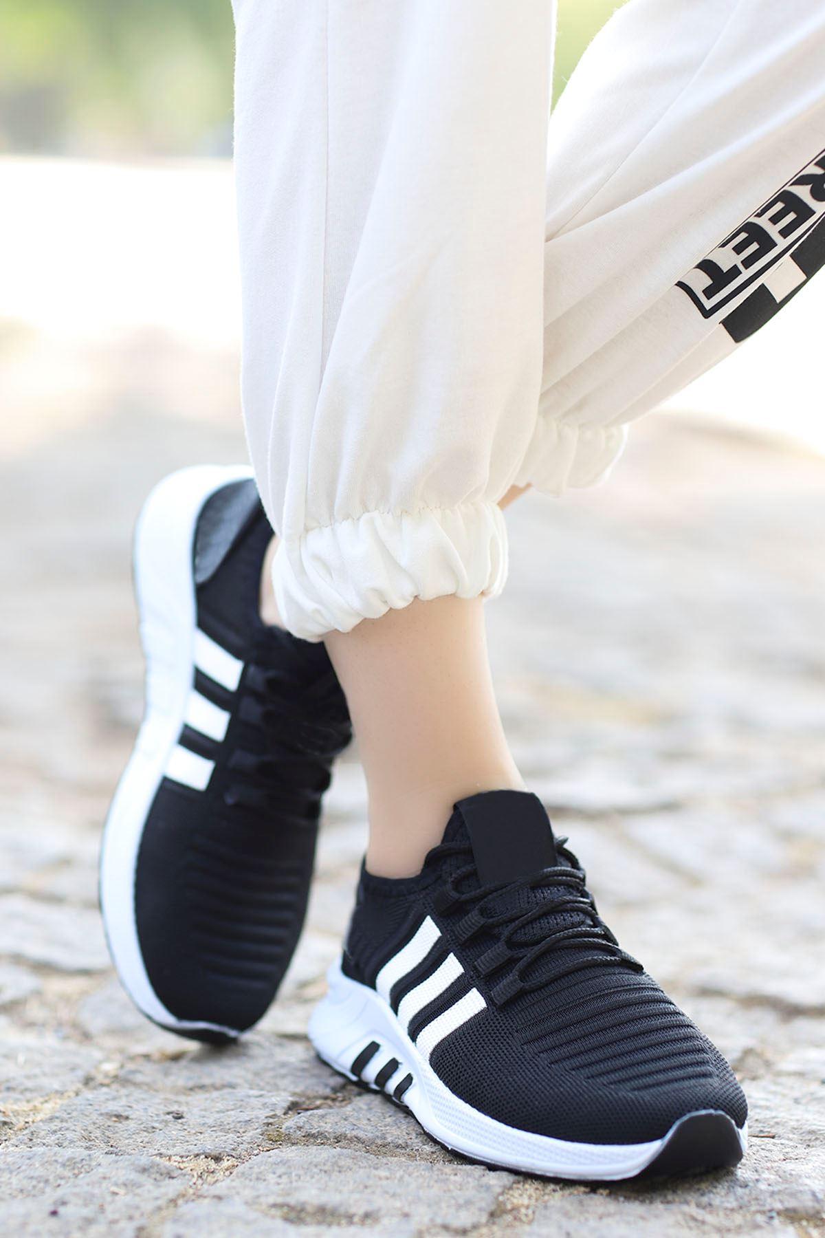Rumba Çizgi Spor Ayakkabı Siyah Beyaz Detay
