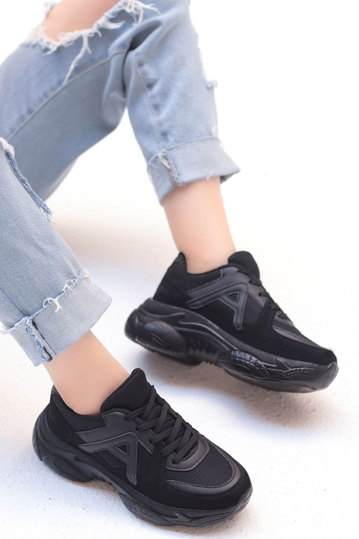 Afra A Detay Spor Ayakkabı Ful Siyah