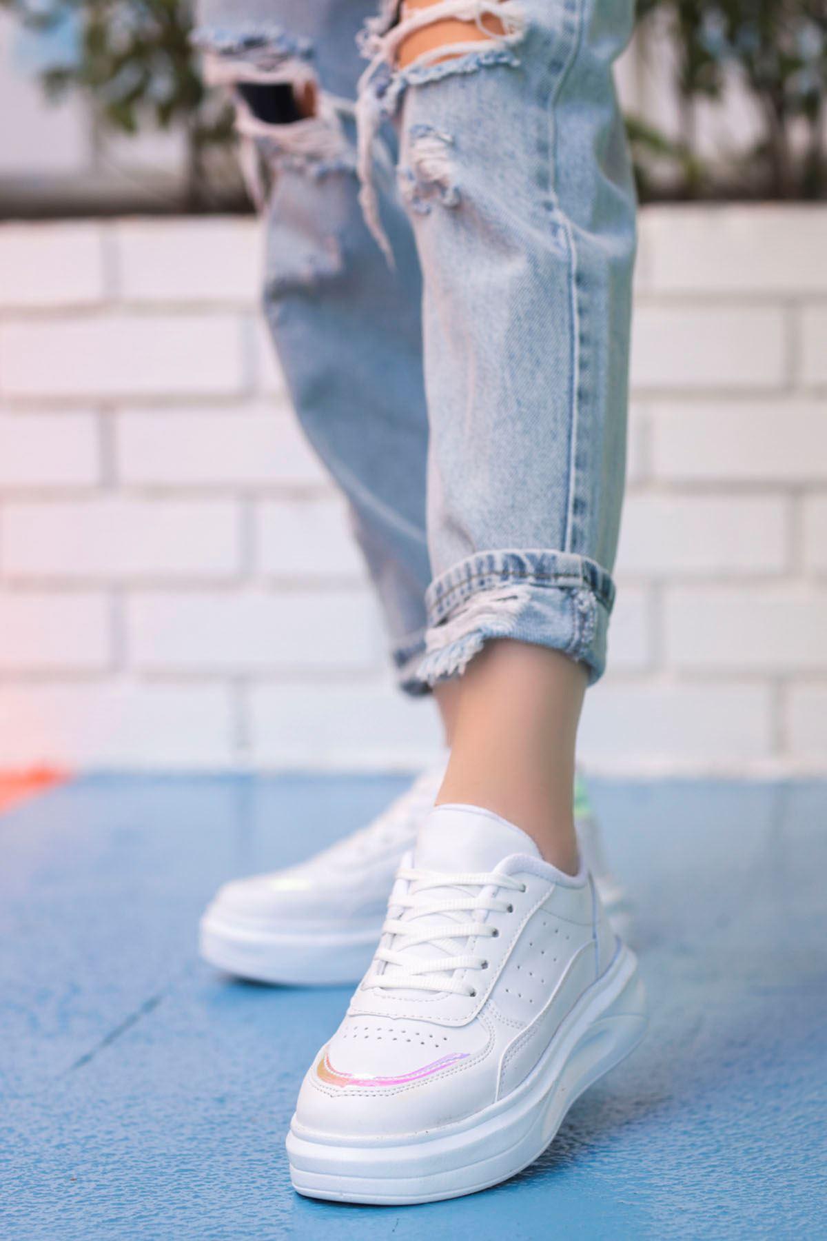 Beatrix Tabanlı Spor Ayakkabı Beyaz Hologram Detay