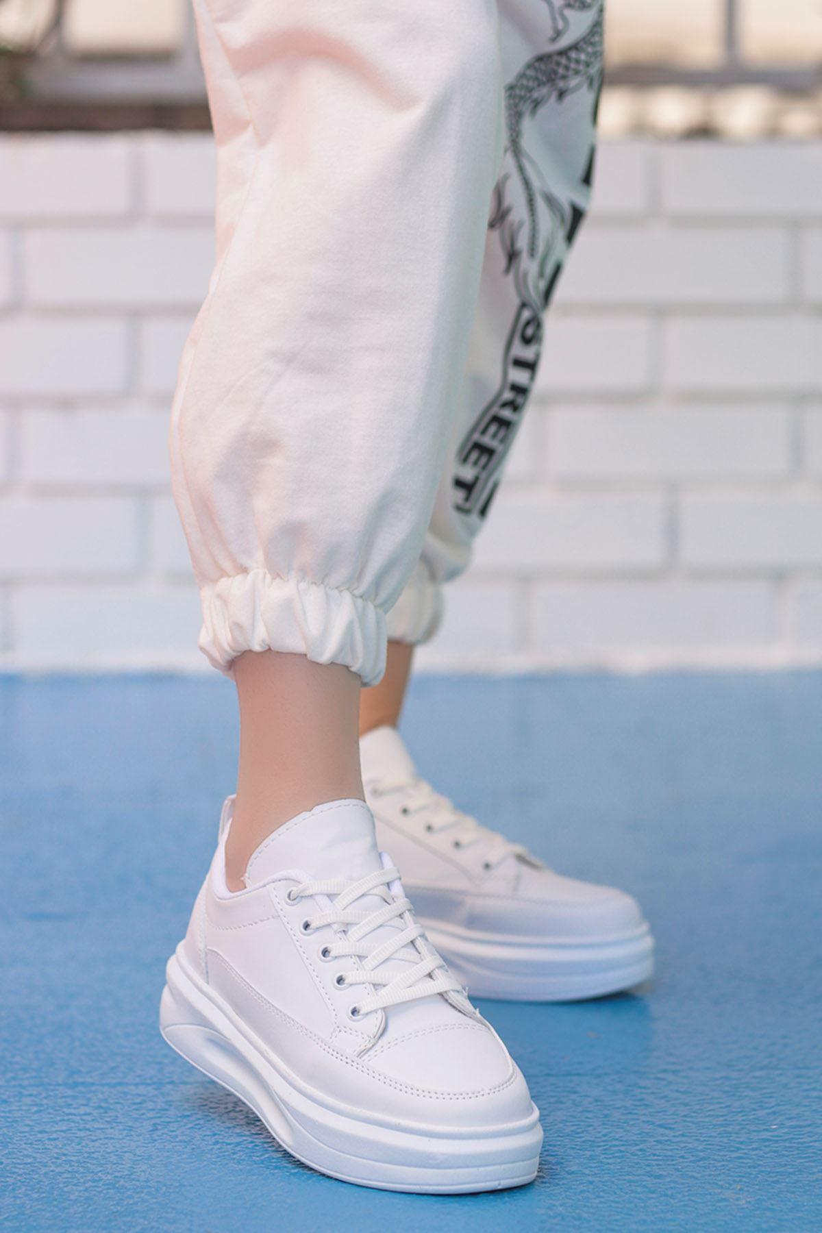 Clara Tabanlı Spor Ayakkabı Beyaz