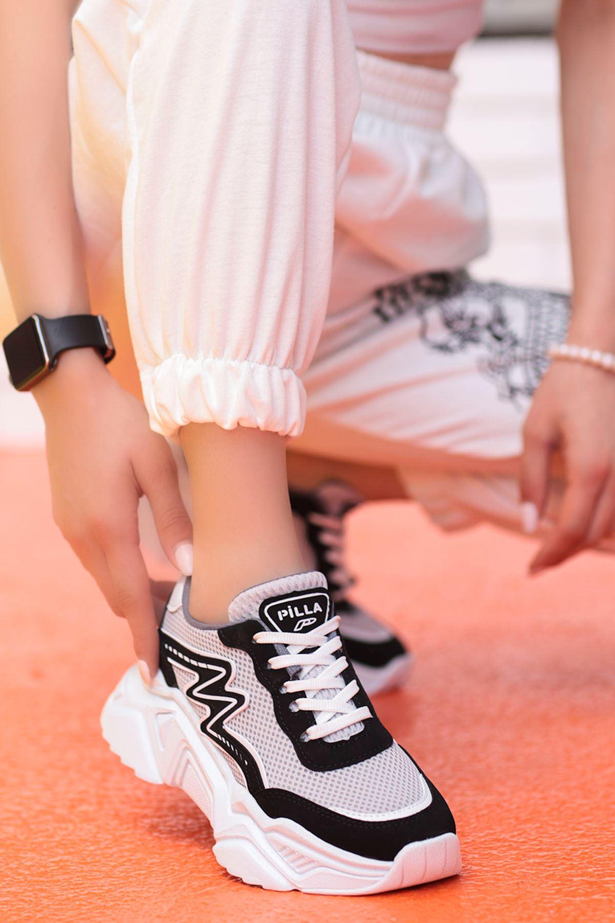 Macro Çizgi Detay Spor Ayakkabı Siyah Gri Detay