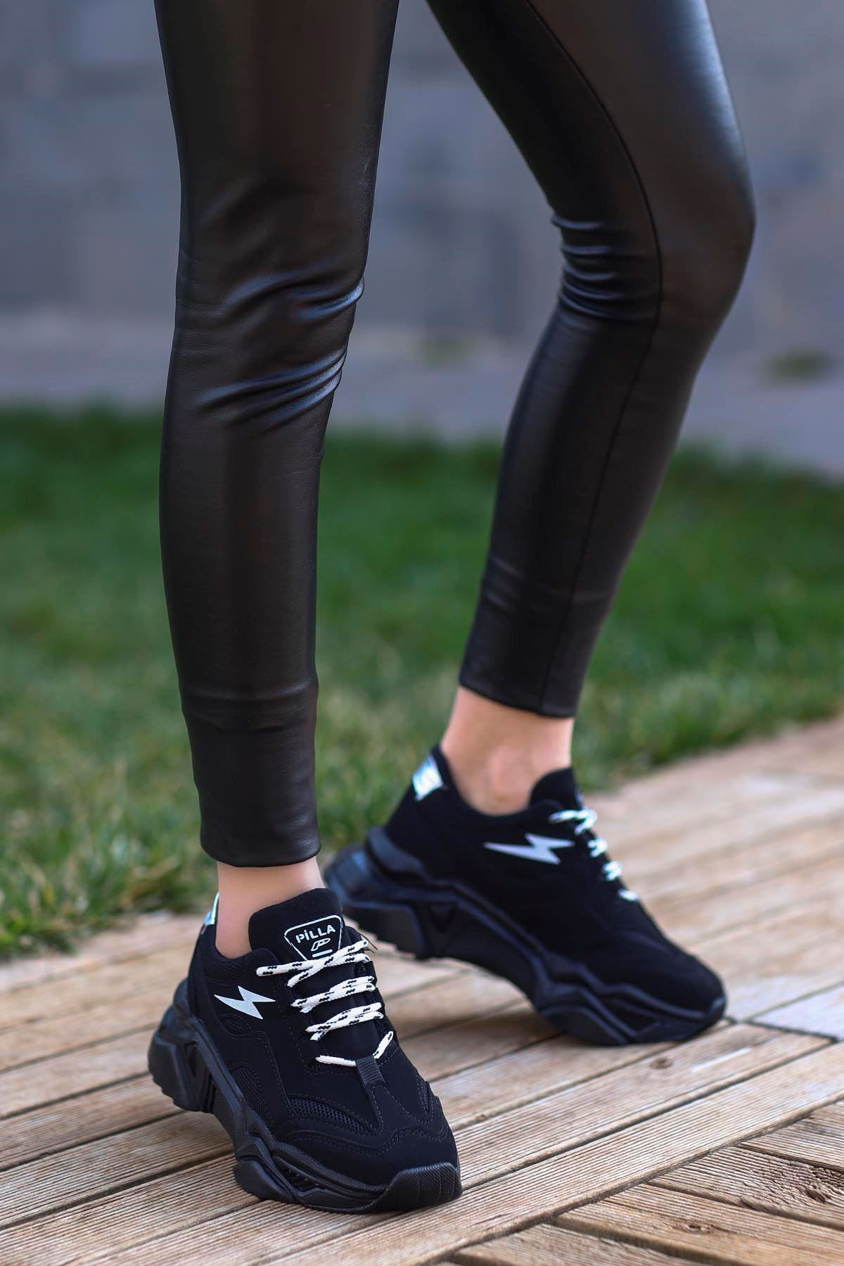 Rosse-Spor Ayakkabı Siyah Süet