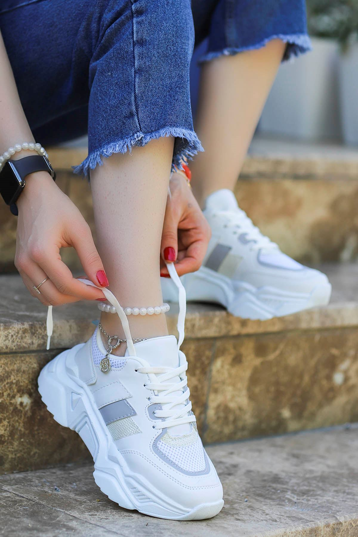 Dali Spor Ayakkabı Beyaz Gri Detay