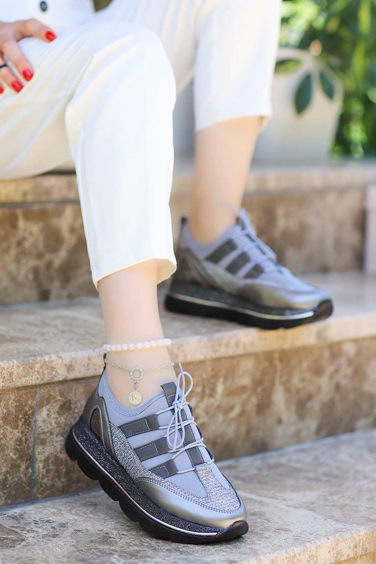 David Streç Bağcık Detay Spor Ayakkabı Platin