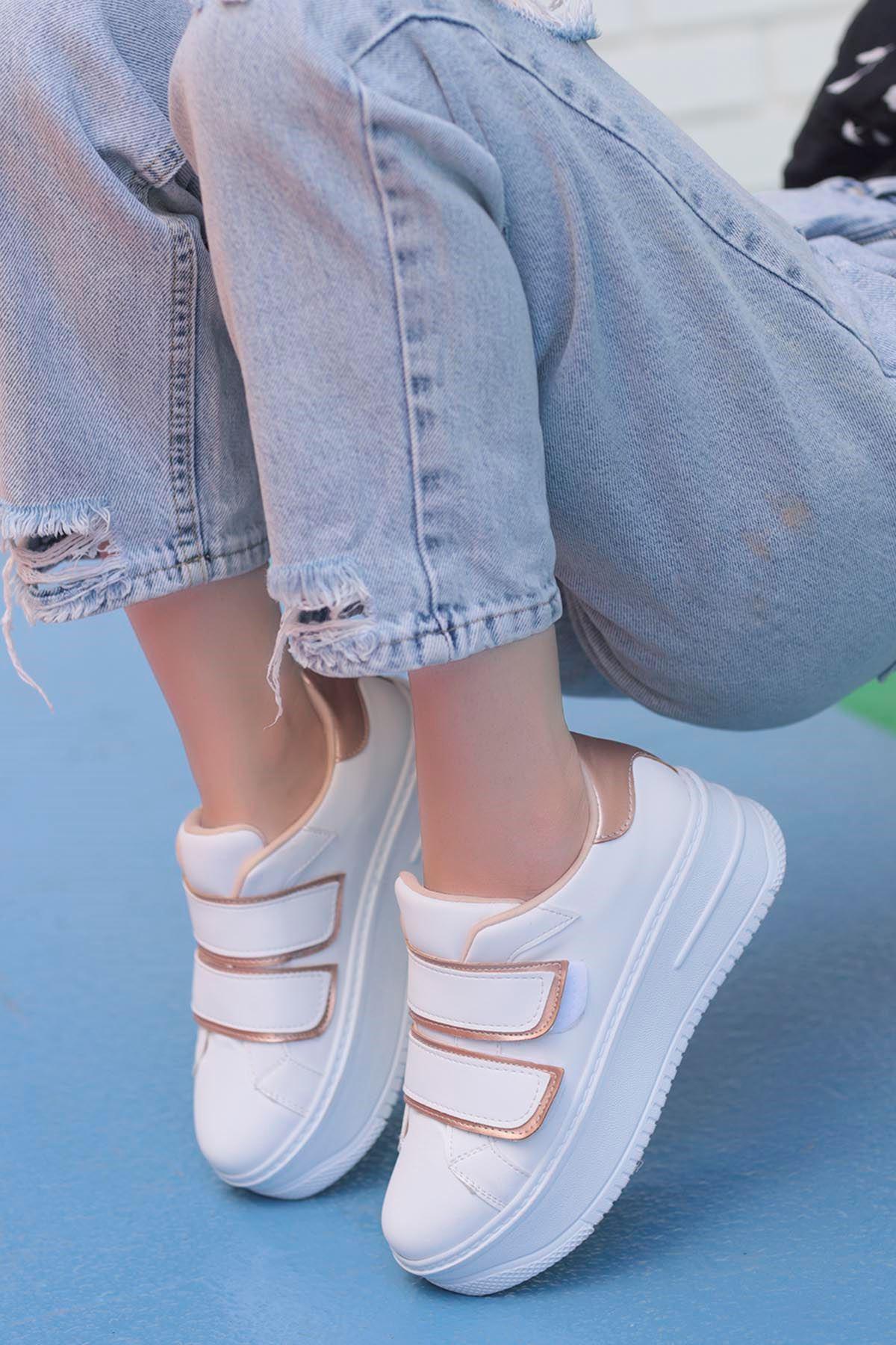 Mahaza Kalın Topuk Cırtlı Detay Spor Ayakkabı Beyaz Krem Detay